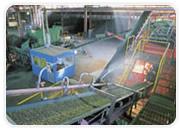 バーク堆肥 給水機による水分調整